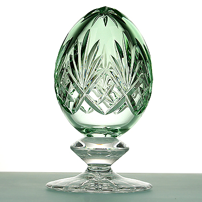 photo Crystal Egg on a stand 8185 from glassworks Neman
